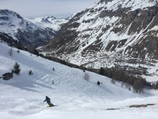 Skiing to Le Fornet in Val d'Isère