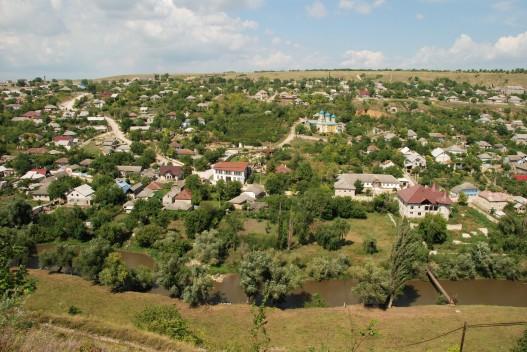 The town of Trebujeni near Orheiul Vechi