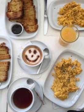 Dama Pé de Cabra's breakfast spread