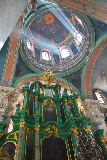 The stunning green iconostatis of the Orthodox Church of the Holy Spirit